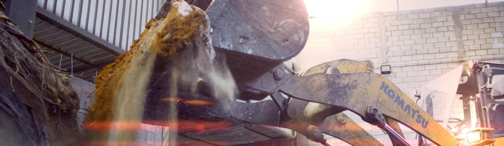 Tratamento de Resíduos Industriais e Destinação final Remediação de Área Contaminada e Remoção do Solo