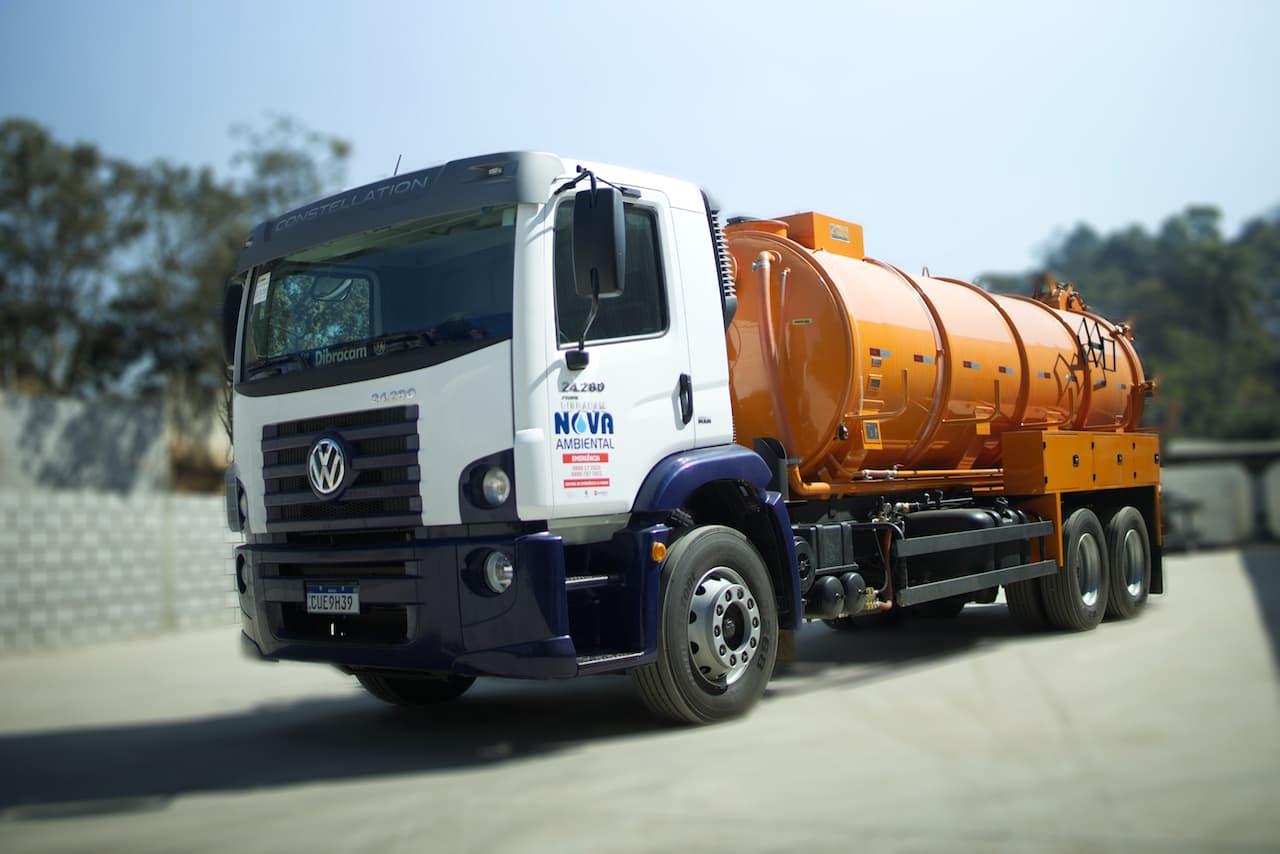 A importância do MOPP - Movimentação Operacional de Produtos Perigosos para empresas que utilizam o transporte de itens que oferecem riscos ao meio ambiente.